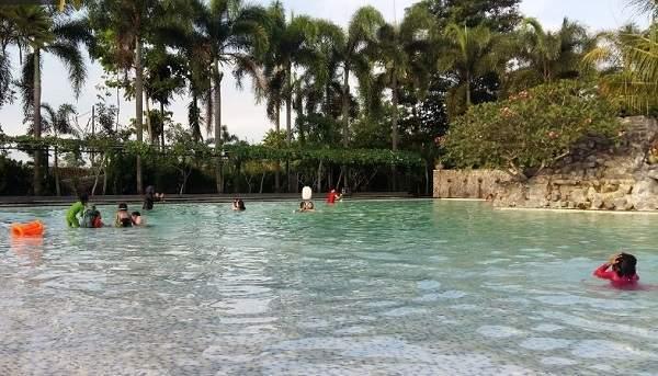 kolam renang kimo