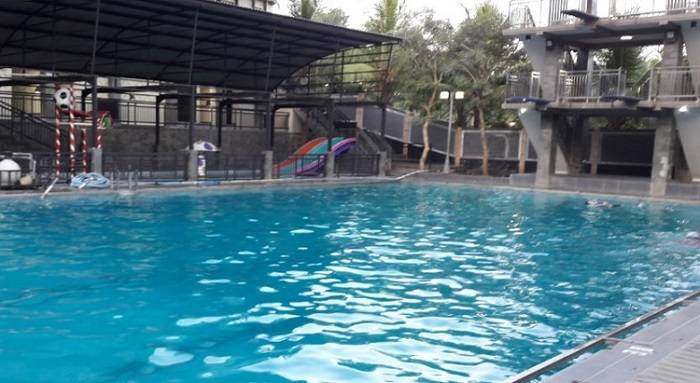 kolam renang green hill