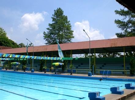 kolam renang kebon agung