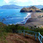 Pemandangan Pantai Payangan