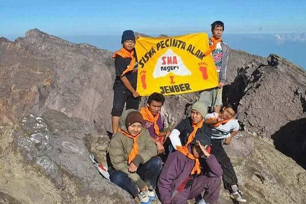 Pendakian Gunung siswa pecinta alam sispena