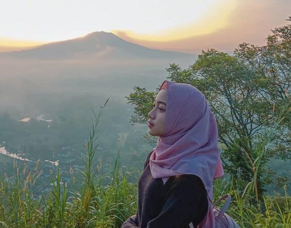 Pemandangan Gunung Raung