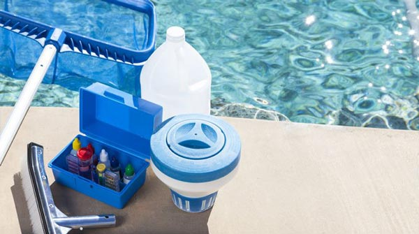 Cara Merawat Kebersihan Kolam Renang