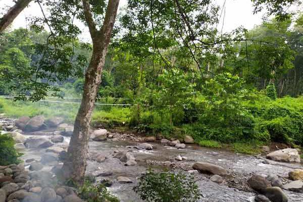 sungai slawu jember