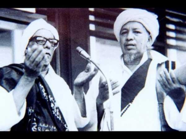 habib-sholeh-tanggul-dan-habib-muhammad-bin-ali-al-habsyi-kwitang
